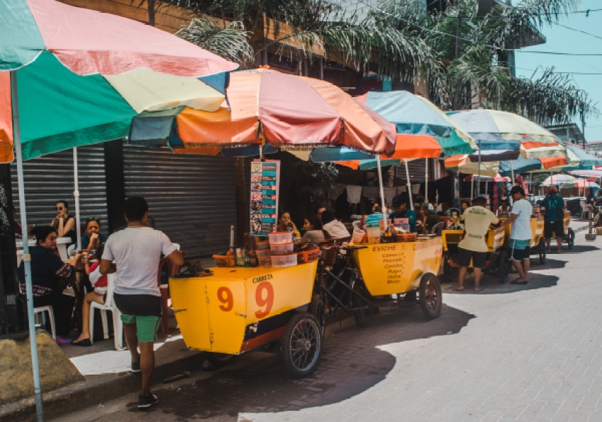 Montañita stalls where to go stay visit do ayampe ecuador beaches | Ayampe from Montañita ceviche
