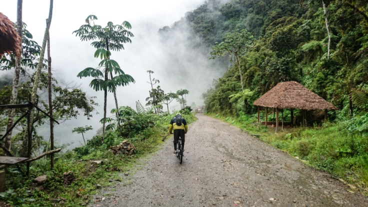 How to book a death road tour La paz bolivia