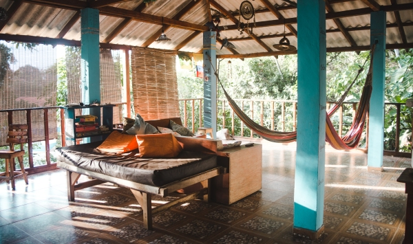 hostel casa colibri minca casas colibris colombia santa marta hammocks How to book a hostel tips what to look for booking.com hostelworld advice filters reviews guide
